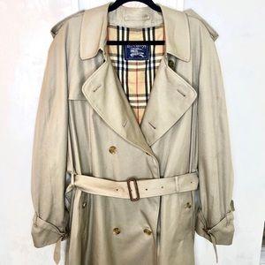 Burberry long trench coat 56 Short